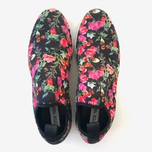 NEW Steve Madden Speed Floral Sneakers